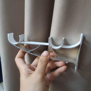 Giá đỡ đôi rèm cửa